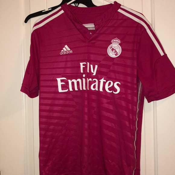 separation shoes e01e7 20ff5 Authentic Pink Real Madrid Jersey